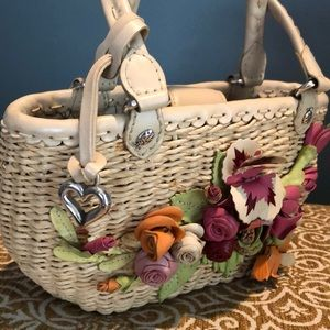 Brighton Bags - Brighton straw bag with leather flowers